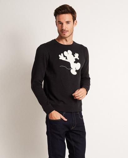 Schwarzer Sweater